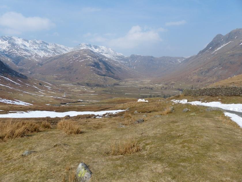 Scoured glacial valleys