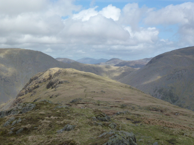 Yewbarrow ridge to Stirrup Crag
