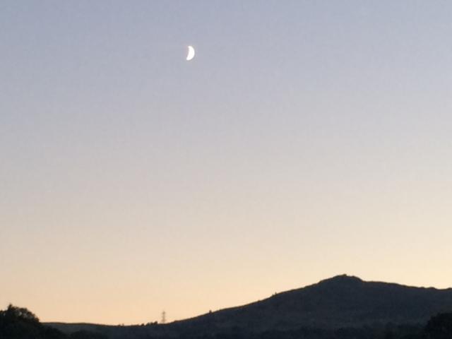 Moon on Tay y Fan